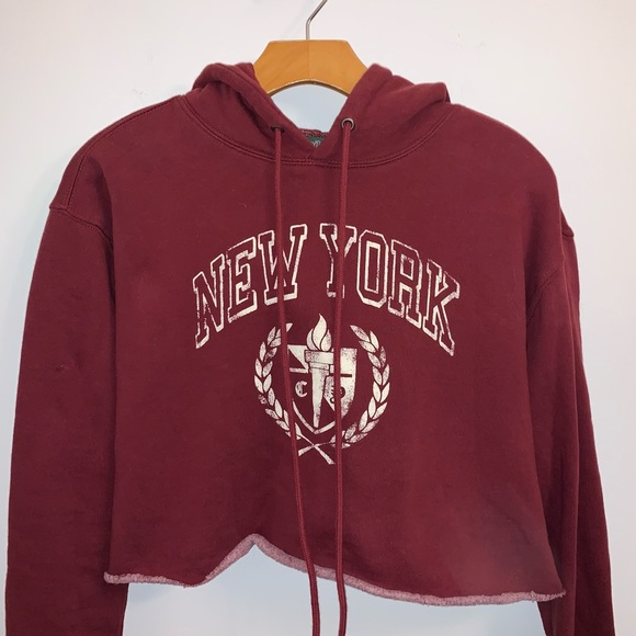 Wild Fable XS Burgundy cropped hoodie